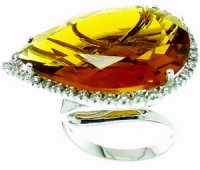 A Stunning Citrine and Diamond Dress Ring. 18k Gold.