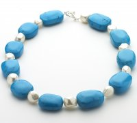 Howlite and Fresh Water Pearl Necklace