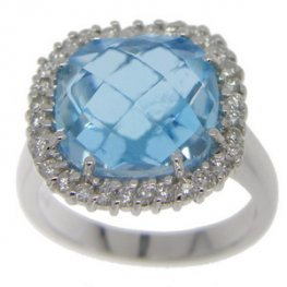 18k Gold BlueTopaz and Diamond Ring.