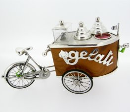 Carrettino Gelataio. Italian Ice Cream Cart Silver & wood