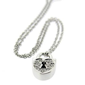 18k gold Diamond Locket Pendant and chain. 18ct white gold