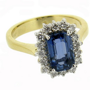 18ct Cluster ring with Octagonal Sapphire with Diamonds.